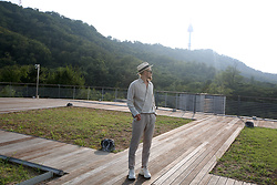INWON LEE - Byther Ribbon Straw Hat, Byther Diagonal Line Shirts, Byther Slim Linen Slacks - Mountain Look