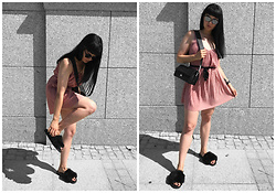Izabela - Pull & Bear Pink Dress, Topshop Fakefur Sliders, Christian Dior Abstract Sunnies, Zofia Chylak Bag - HOW TO WEAR PINK DRESS