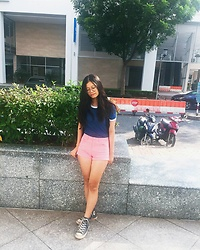 Anh Nguyen - Converse Navy High Top, H&M Pink Shorts, H&M Navy T Shirt - Pink