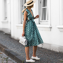 Catherine V. - Straw Hat, Glamorous Deep V Polka Dots Dress, The Kooples Emily Croco Bag, Bensimon Broderie Sneakers - DEEP V DRESS AND WHITE BAG FOR AN EASY BREEZY SUMMER LOOK