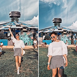 Natasha Karpova - H&M Mini Skirt, Converse Sneakers, Zara Top, Stradivarius Bag, Hearts Sunglasses, Mango Earrings, Asos Scarf, Casio Watch - MUSIC FESTIVAL