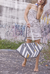 Ana - Babo Ba Boom Handcrafted Leather Bag Miro, Mango Sequence Dress, Babo Ba Boom Leather Choker - All the shades of gray