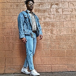 Jason - Converse Chucks, Levi's Denim Jacket - Vintage Never Dies