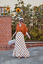 Esra E. - Forever 21 Maxi Dotted Skirt, Forever 21 Oversized Cropped Blouse, Urban Outfitters White Headband - Orange dots