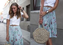 Aiste Mondayjazz - H&M Top, Reserved Skirt, Cluse Watch, Pandora Bracelet, Lindex Bag - OOTD: summer evenings & floral skirt