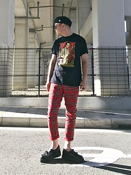 ★masaki★ - Obey Joe Strummer, H&M Plaid Pants, George Cox Tussel Creappers - ★Revolution Rock★