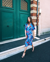 Laure-Hélène Anceaux - Zara Floral Dress - Walkin'
