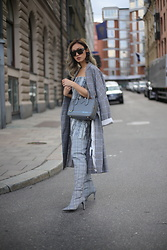 Louise Xin - Maxmara Max Mara Sunglasses, Zara Checked Coat, Prada Mirage, Nelly Over The Knee Checked Boots, Louise Xin Snake Skirt And Top - Stockholm Fashion Week ss 19 Street style - Day 1