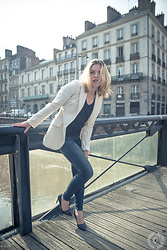 Darya KHENDRIK - Adolfo Rodriguez Jacket From, Guess Classic Bk*Lue Jean From, Texto Brilliant Heels For Evening - Afterwork on the river