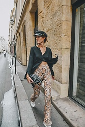 Laugh of Artist - Urban Outfitters Snake Pants, Massimo Dutti Silk Blouse, Alexander Wang Belt Bag - Snake pants