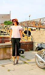 Carmen Adan - Shein Top, Cèline Bag, Jimmy Choo High Heels, Saint Laurent Sunglasses, & Other Stories Culottes - PINK ROCK THE CITY