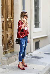 Lily Chelmey - Amazon Tee Shirt, Promod Jeans, Topshop Bag, Shellys London Shoes - Coca-Cola