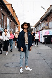 Kevin Elezaj - Common Projects Sneakers, Urban Outfitters Jeans, Cos T Shirt, Timberland Shirt, Brixton Hat - Bread & Butter 2018