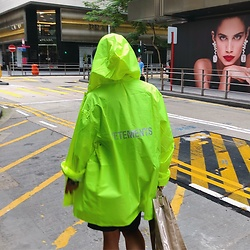 Galen Liu - Vetements Raincoat, Comme Des Garçons Shopping Bag - Green me💚