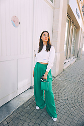 Laure-Hélène Anceaux - Asos Design Green Wide Pant - Green Passion