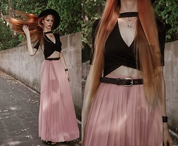 Liza LaBoheme - Topshop Black Crop Top, Vero Moda Pink Maxi Skirt, H&M Belt - Date Night