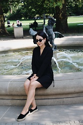 Zuza J. - Zara Dress, Mohito Flats, Stradivarius Sunglasses, Kajo Earrings - Simple black like coffe