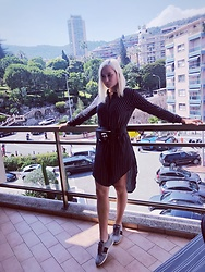 Call Me Elizaveta - H&M Dress, Gucci Sneakers, Karl Lagerfeld Belt Bag - 👗
