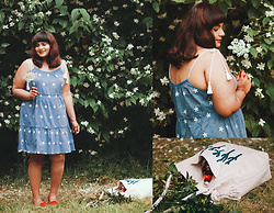 Ragini R - Simply Be Chambray Dress, Simply Be Knot Flats, Simply Be Market Bag - Summer blossoms