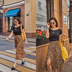 Natasha Karpova - Deichmann Loafers, Koton Leopard Skirt, Lime Yellow Shopper Bag, Unknown Brand Black Top, H&M Medallion Necklace, Ray Ban Aviator Sunglasses, Daniel Wellington Watch - URBAN JUNGLE