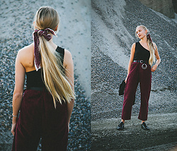 Christa Könönen - Junkyard Xx Xy Pants, Asos Belt, Common Projects Shoes - 1509 ig @chsnafu