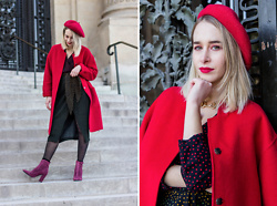 Giseleisnerdy L - Laulhère Béret, H&M Necklace, Zara Dress, Sacha Boots, Mango Coat - Giseleisnerdy.fr - red everything