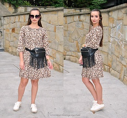 Natalia Uliasz - Reserved Sunglasses, Reserved Earrings, Reserved Leopard Dress, Sinsay Bag, Reserved Espadrilles - Leopard dress