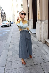 Anna Borisovna - Zara Shirt, Mango Skirt, Massimo Dutti Shoes, Céline Sunglasses - The Grey Wool Skirt