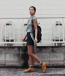 Tram Anh - Urban Outfitters Blouse, Vintage Fake Leather Backpack, Monki High Waist Jeans Shorts, Timberland Boots - STRUT
