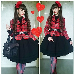 Yumi E.G. - Baby The Stars Shine Bright Tartan Jacket, Moi Meme Moitie Black Skirt, H.Naoto Blood Dahlia Tights - Red