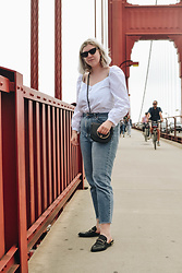 Elizabeth Claire - Zara White Peasant Top, Whowhatwear Black Cross Body Bag With Gold Ring, Topshop Straight Leg Moto Jeans, Steve Madden Black Backless Loafers, Boohoo Black Cateye Sunglasses - Golden Gate