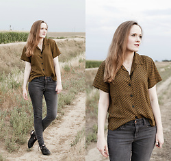Emily S. - Urban Outfitters Button Up, Joe's Jeans Pants, Free People Destino Flat - Fall Neutrals