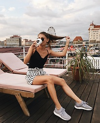Anna Gurchenkova - New Yorker Black Top, Boohoo Shorts, New Balance Sneakers - But first more coffee