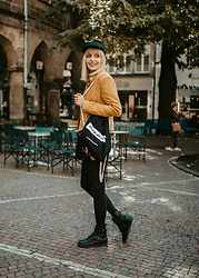 Vanessa ♡ - Sterkowski, Projekt Einzig Art Ich Bag, C&A, New Yorker, Asos - Black and yellow
