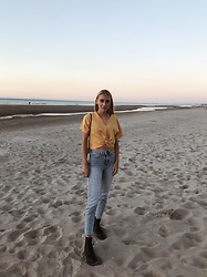 Sina Kordt - Zara Wrap Top, Levi's® Levi'S Jeans, Dr. Martens Black, Vintage Bag, & Other Stories Earrings - Catch a wave