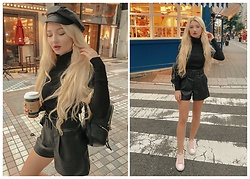 ♡Anita Kurkach♡ - Michael Kors Bag, Zara Shorts, Zara Shirt - Total Black