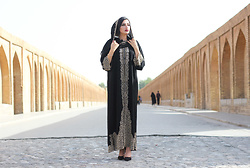 Gilda -  - Isfahan - half of the world