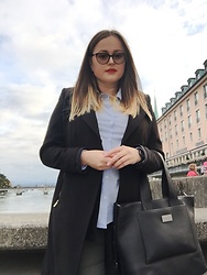 Viktoria Vovkanets - H&M Coat, Timex Watch, Parfois Bag, Mango Shirt - Walking by the river