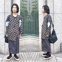 @KiD - Black Triangle Desgin, Vivienne Westwood Squiggle Shirts, Balenciaga Bag, Fr Renuwal Remake Dickies, (K)Ollaps David Bowie Socks, Jojo Geta - JapaneseTrash451