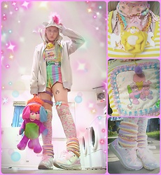 Malindy Malady - Starlight Deco Dream Milk Necklace, The Pink Life Popples Applique Shirt, Aiire Atlantis Holographic Light Up Sneakers - 80's Baby