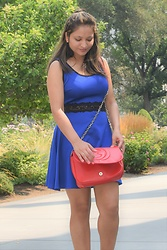SFDesiGirl Talks -  - Blue Dress Red Bag