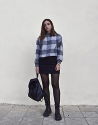 Kristina E. - Shein Sweater, New Look Skirt, Asos Backpack, Asos Ankle Boots - Sweater weather 🍂