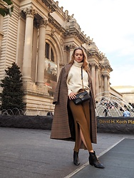 Ida - & Other Stories Coat, Gucci Handbag, Zara Skirt, Gina Tricot Necklace - The met
