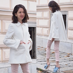 Claire H - Zara White Jacket, H&M Rose Pants, N°21 Mules - How to wear a white jacket for autumn