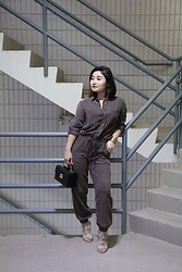 Kristen Tanabe - Yfb Clothing Jumpsuit, Topshop Snake Print Heels, Tj Maxx Black Clutch Box Purse - Why Not a Woman?