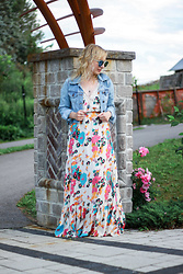 Agnes W -  - Jean Jacket with Floral Print Maxi