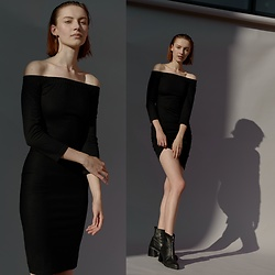 Maria Joanna - Zara Dress, Zara Boots, New Look Earrings - Black dress