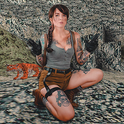 Jessie Bee - Amazon Brown Wig, Forever 21 Shorts, Forever 21 Grey Tank, Gloves, Socks, The Frye Company Lace Up Boots, Fjallraven Backpack, J. Crew Belt - Laura Croft
