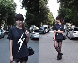 "TurnToBlack Eira - Shein T Shirt, Zara Black Bag, Stradivarius ""Leather"" Skirt, Dr. Martens (Jadon) - THUNDER"