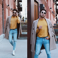 Franko Dean - Asos Sweater, Asos Camel Coat, H&M Jeans, Adidas Sneakers White, Zerouv Round Sunglasses - FEELS